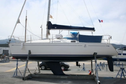 Dufour 30 CLASSIC for sale in France for €24,900 (£22,227)