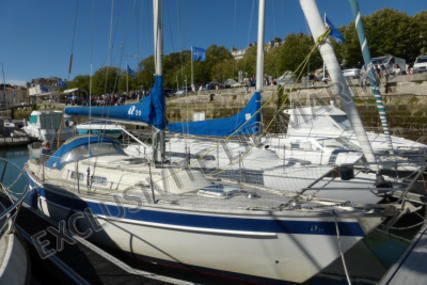Hallberg-Rassy 29 for sale in France for €38,000 (£33,672)