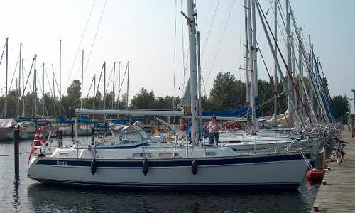 Image of Hallberg-Rassy 37 for sale in Germany for €229,000 (£204,744) Germany