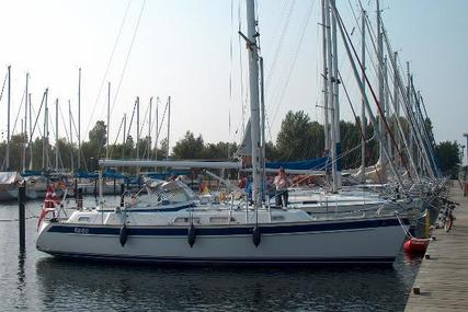 Hallberg-Rassy 37 for sale in Germany for €229,000 (£204,129)