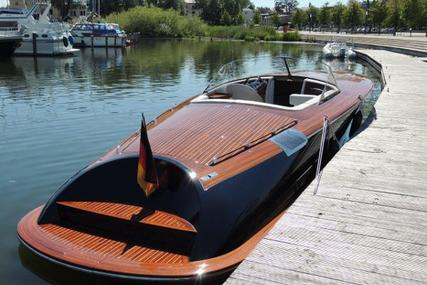 Judel and Vrolijk Runabout 33 One off for sale in Germany for €200,000 (£171,363)