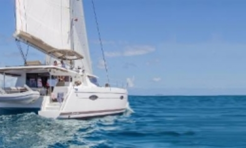 Image of Fountaine Pajot Helia 44 for sale in Saint Martin for €398,000 (£351,038) Saint Martin