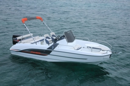 Beneteau Flyer 6.6 Spacedeck for sale in France for €37,000 (£32,568)