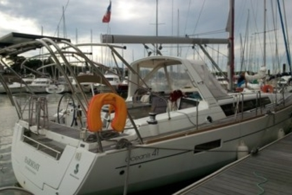 Beneteau Oceanis 41 for sale in France for €169,900 (£151,688)