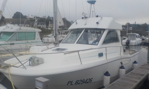 Image of Beneteau Antares 755 for sale in France for €26,000 (£23,209) SAINT QUAY PORTRIEUX, France