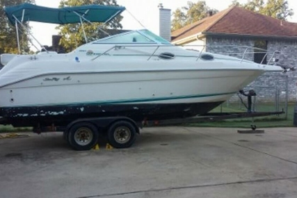 Sea Ray 250 Sundancer for sale in United States of America for $11,500 (£8,723)