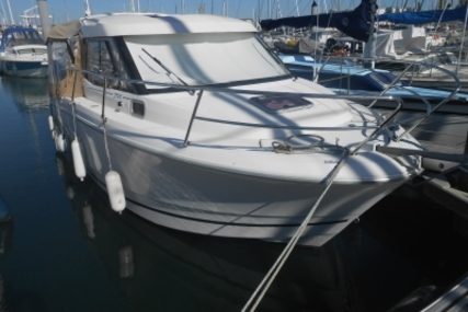 Jeanneau Merry Fisher 755 Marlin for sale in France for €42,500 (£37,912)