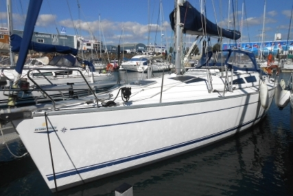 Jeanneau Sun Odyssey 40 for sale in France for €82,000 (£72,661)