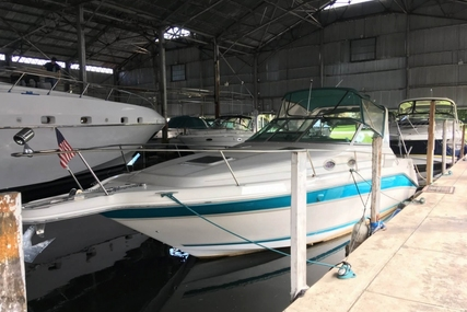 Sea Ray 290 Sundancer for sale in United States of America for $20,000 (£15,258)