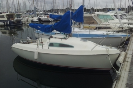 Jeanneau SUN FAST 17 for sale in France for €6,500 (£5,799)