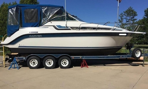 Image of Carver Yachts 2557 Montego for sale in United States of America for $17,500 (£13,231) Chesterland, Ohio, United States of America