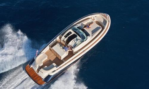 Image of Chris-Craft 360 Launch for sale in United Arab Emirates for $428,000 (£336,928) United Arab Emirates