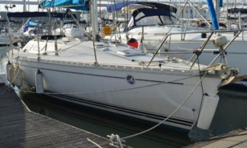 Image of Jeanneau Sun Shine 38 for sale in Portugal for €36,000 (£31,752) LISBON, Portugal