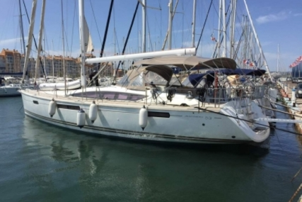 Jeanneau Sun Odyssey 53 for sale in France for €290,000 (£256,971)
