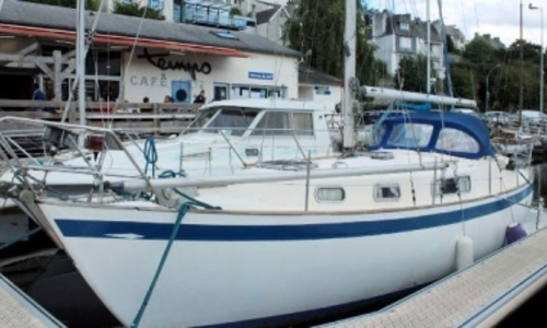 Image of Hallberg-Rassy 35 for sale in France for €39,900 (£34,726) MORLAIX, France