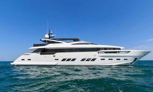 Image of Dreamline 34 for sale in Italy for €11,750,000 (£10,332,850) Italy