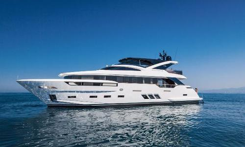 Image of Dreamline 26 for sale in France for €6,500,000 (£5,856,489) Cannes, France