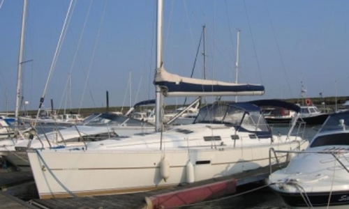 Image of Beneteau Oceanis 323 Clipper for sale in United Kingdom for £38,500 IPSWICH, United Kingdom