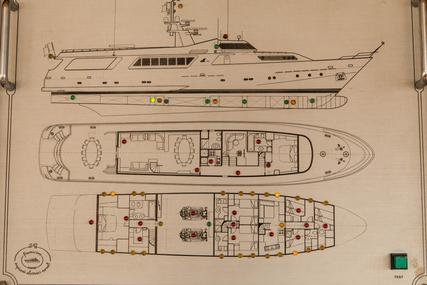 CRN 37 for sale in Italy for €1,600,000 (£1,406,000)