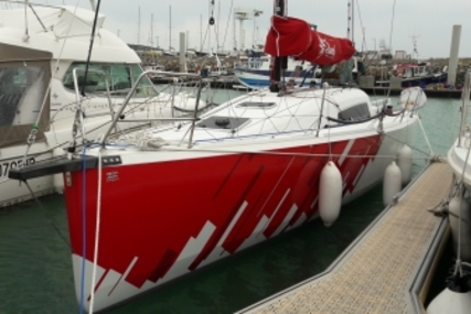 Jeanneau Sun Fast 3600 for sale in France for €210,000 (£187,301)