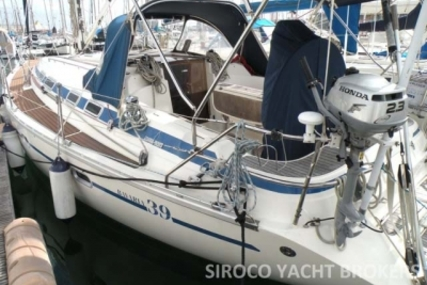 Bavaria 39 Cruiser for sale in Portugal for €65,000 (£57,225)