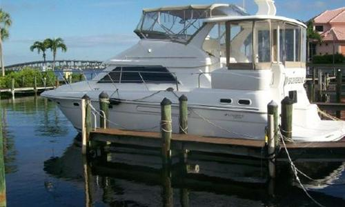 Image of Cruisers Yachts 3750 Diesel Motor Yacht Sea Ray for sale in United States of America for $99,900 (£75,760) Fort Myers, United States of America