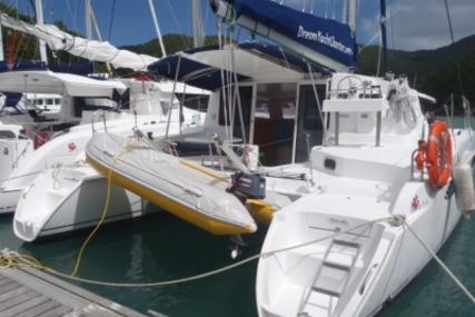 Fountaine Pajot Mahe 36 for sale in Sierra Leone for €115,000 (£101,624)