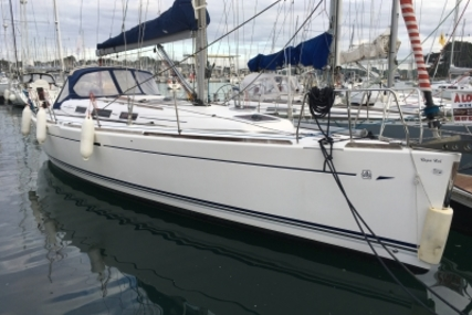 Dufour 40 for sale in France for €85,000 (£75,923)