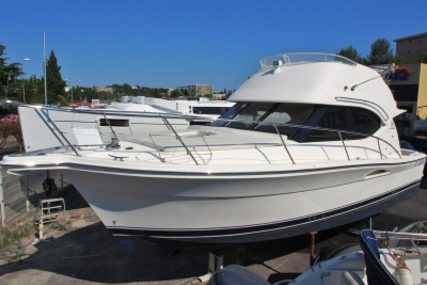 Riviera 33 for sale in France for €119,000 (£106,240)