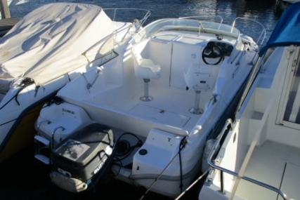Jeanneau Leader 545 for sale in France for €7,000 (£6,220)