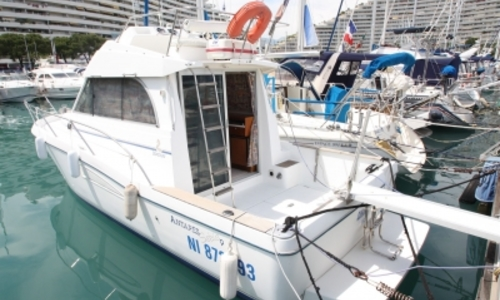 Image of Beneteau Antares 9 for sale in France for €39,000 (£34,132) COGOLIN, France