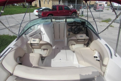 Chaparral 236 Sunesta for sale in United States of America for $18,000 (£13,769)