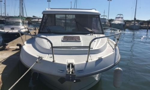 Image of Beneteau ANTARES 880 HB for sale in France for €69,500 (£62,287) SAINT CYPRIEN, France