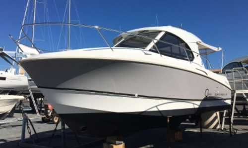 Image of Beneteau Antares 8 for sale in France for €99,000 (£88,726) LE CAP D'AGDE, France