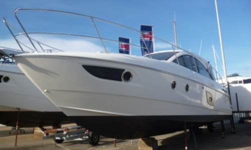 Image of Beneteau Gran Turismo 38 for sale in France for €190,000 (£170,636) LE CAP D'AGDE, France