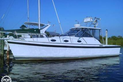 Luhrs 35 Alura for sale in United States of America for $22,500 (£17,023)
