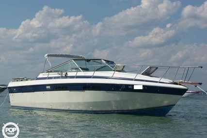Chris-Craft Commander 332 for sale in United States of America for $17,500 (£13,325)