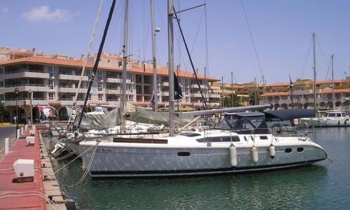 Image of Hunter 376 for sale in Spain for €40,000 (£35,319) Spain