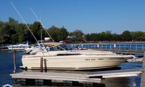 Image of Sea Ray 340 Express for sale in United States of America for $22,500 (£16,133) North Tonawanda, New York, United States of America