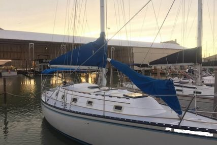 Hunter 37 for sale in United States of America for $22,500 (£17,075)