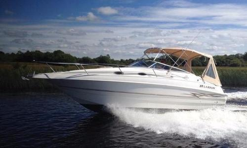 Image of Larson 254 Sportscruiser for sale in Spain for €28,500 (£25,416) Spain
