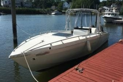 Wellcraft 30 Scarab Sport for sale in United States of America for $14,000 (£10,709)