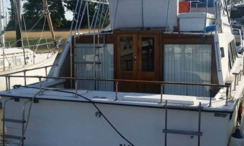 Image of Carver Yachts 3396 Mariner for sale in United States of America for $12,000 (£9,303) Smithtown, New York, United States of America