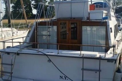 Carver Yachts 3396 Mariner for sale in United States of America for $12,000 (£9,447)