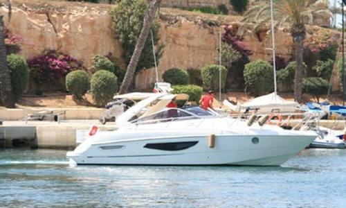 Image of Cranchi Endurance 33 for sale in Malta for €190,000 (£168,149) Malta