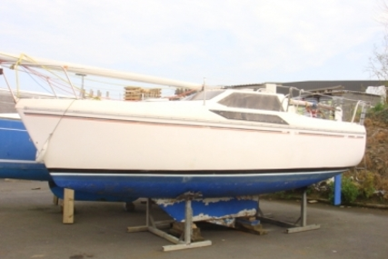 Jeanneau Espace 620 DL for sale in France for €5,000 (£4,371)