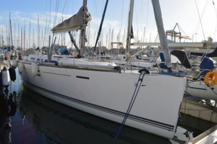 Dufour 40 E PERFORMANCE for sale in Portugal for €157,000 (£140,433)