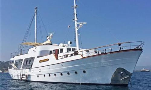 Image of Chantiers Normandie Gentleman's Motor Yacht for sale in France for €650,000 (£578,246) France