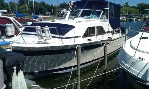 Image of Chris-Craft 350 Catalina DC for sale in United States of America for $19,000 (£13,547) Au Gres, Michigan, United States of America