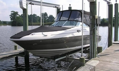 Image of Sea Ray 240 Sundeck for sale in United States of America for $33,800 (£25,650) Oriental, North Carolina, United States of America